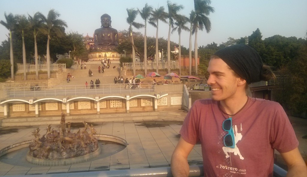 Posing with the largest Buddha status in Taiwan.